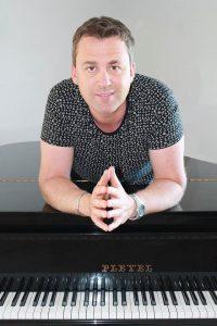 Thomas-Piano2